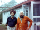 Swarn with Khushwant Singh at latter'sKausali residence
